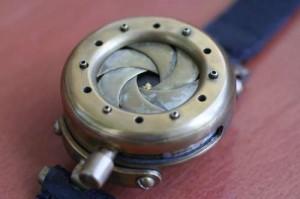 Mechanical Iris Wristwatch Cover